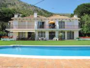 ground floor holiday apartment in Mijas Hills with swimming pool and views