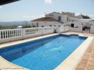 Holiday villa with private pool in La Alqueria